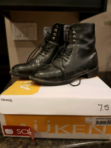 Auken Paddock boots