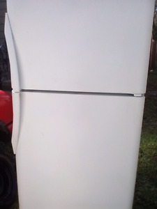 """30"""" Wide Too freezer refrigerator works perfect. Pickup for $100"""