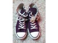 Purple Converse size 7