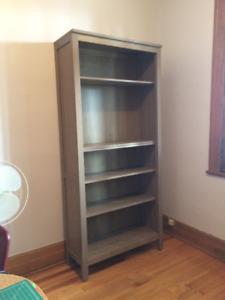Bookshelf (37x90x198 cm)