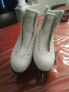 Girls Youth Figure Skates - Size 5