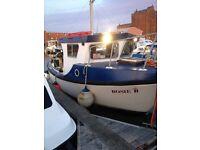 22 Foot inboard diesel boat