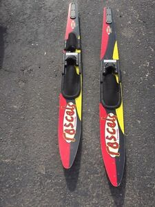 Pair of water ski (on hold)