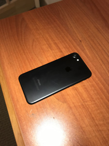 iPhone 7 128gb Black with Free Apple Battery case for only $450