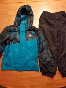 2 Piece Size 4-5 Spring / Fall Jacket and Pants