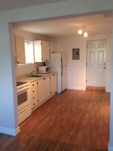 One bedroom apartment in west end available March 1st  $700 POU