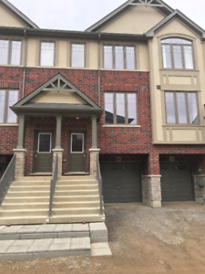 Townhouse for Rent  in Ancaster 3 Bedrooms-Brand New