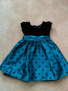 Girl's Holiday Dress - size 12-18 months - With Shoes