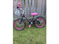 Girls bike,good condition - ideal for between 6 -7 yrs £20