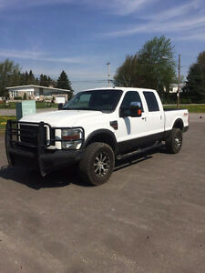 Ford F-350 2008 DIESEL !! 14,995$ FINANCEMENT DISPONIBLE !!