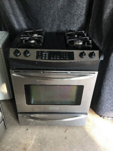 Frigidaire has top gas oven dual stove stainless steel range