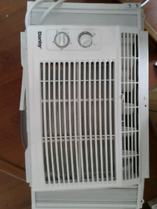 Air conditioner 5000 btus