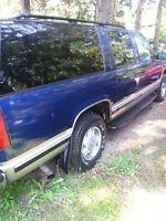 1999 Chevrolet Suburban 4x4 Want gone