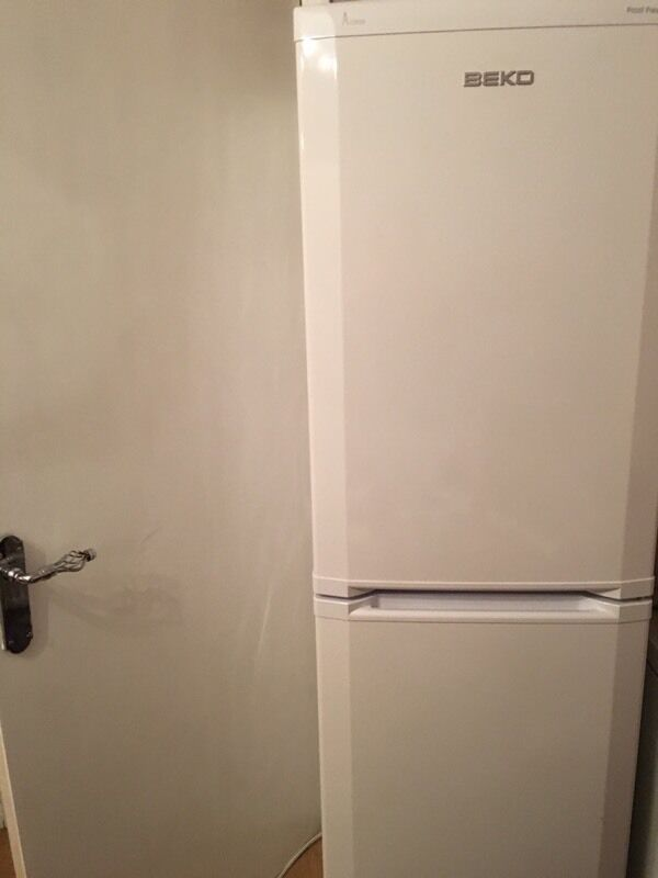 Beko fridge freezer 18 mths old
