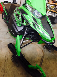 *MUST SEE* 2015 Arctic cat M 6000 Snow Pro Prince George British Columbia image 1