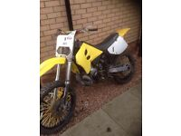 Rm 250 had barrel reslevd and had bottom end dun swap for a different motorcross