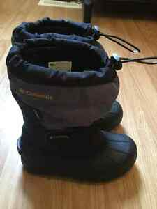 Youth Columbia winter boots