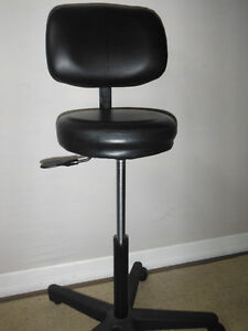 Professional Technician Air lift Stool, Delivered