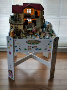 Calico Critters Table, House, Furniture, Accessories