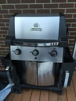BBQ Broil King + cover *** Price Reduced ***