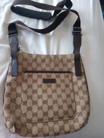 Gucci crossover bag