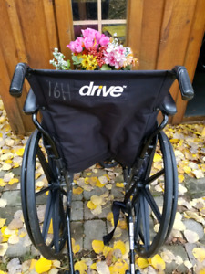 Drive Wheelchair 19 inch Cruser lll with foot rests Folding