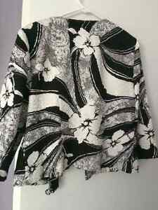 Flower Patterned Jacket Kitchener / Waterloo Kitchener Area image 5