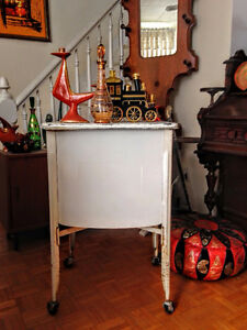 Table d'appoint Vintage Industriel / Lavabo Antique West Island Greater Montréal image 3