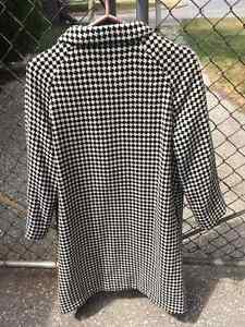 .actual 1960s Houndtooth Coat with button detail Windsor Region Ontario image 3