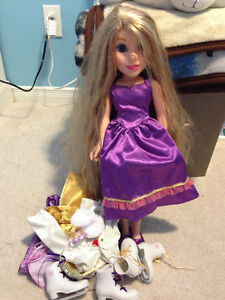 Rapunzel Doll with extra clothes