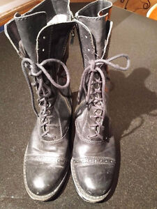 Italian leather women Vince Camuto boots 20 each