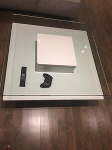 ‼️SOLD-VENDU‼️ Mobilia coffee table - table basse  West Island Greater Montréal image 1