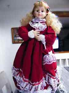 23'' Christmas Motionette Angel moves her arms and head