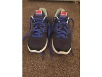 Lady's/ girls Nike trainers