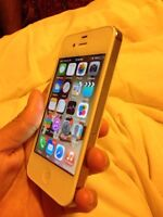 iPhone 4s Koodo/white/excellent condition