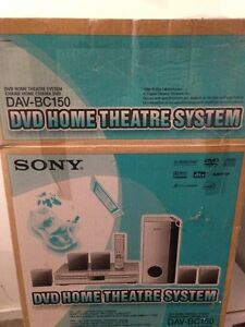 Sony - DVD home theatre system Kitchener / Waterloo Kitchener Area image 1