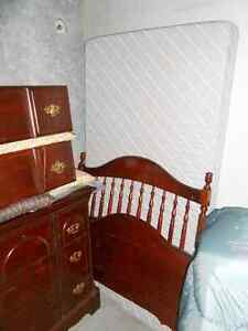 Single bed and Dresser