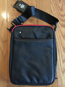 PKG Tablet Bag Cambridge Kitchener Area image 1