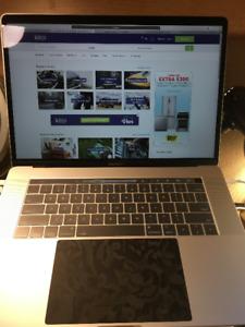 macbook pro 2017-touch bar-1st version