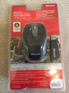 New Microsoft Wireless Notebook Optical Mouse 3000
