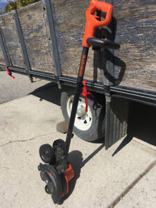 Black and Decker Lawn Edger and Trencher