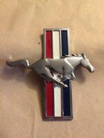 Mustang front fender decal