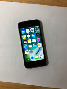 UNLOCKED Space Grey 16GB iPhone 5S (A- Condition) + iOS10