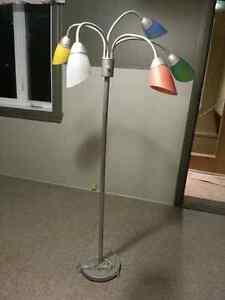 Lampe sur pied originale
