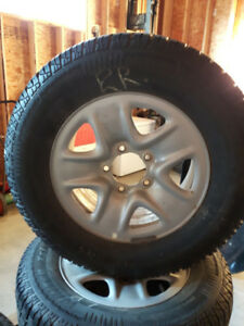 Arctic Claw Winter XSI tires (4 tires and rims)