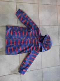 Lovely boys raincoat age 5-6