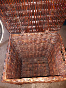 Clothes hampers 1 wicker 1 canvas with removable  bag
