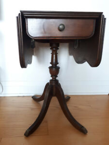 Drop leaf Side Table, Mahagony - Duncan Phyfe Style