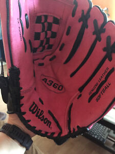 Woman's Wilson pink a 360 ball glove - right hand throw