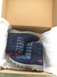North face toddler boy boots-excellent condition St. John's Newfoundland image 1